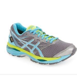 ASICS GEL-CUMULUS 18 Gore-Tex Running Shoes EUC